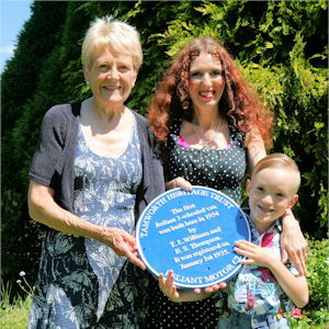 Pat Afford and Reliant Blue Plaque