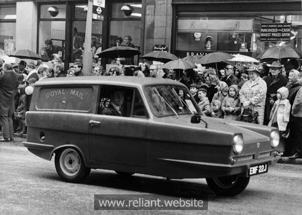 Reliant Regal 3/30 used by Royal Mail